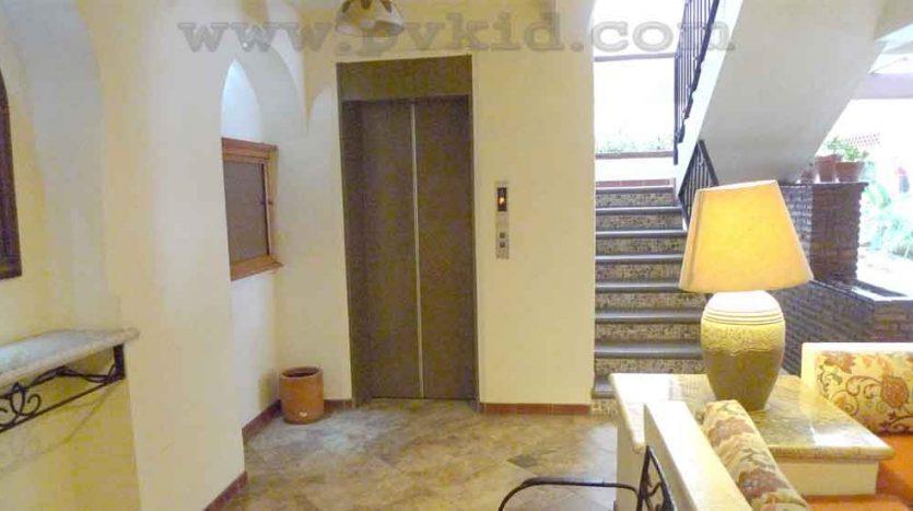 Plaza Mar 501 Lobby 4