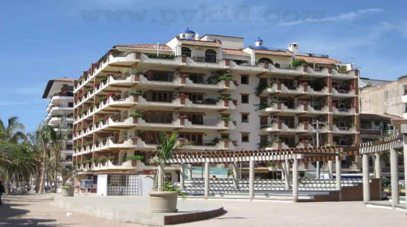 Plaza Mar Condo 303 39