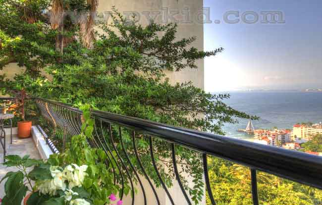 Monte Vista Penthouse 63