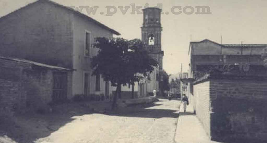 Old Photos of Puerto Vallarta Second Slider 19