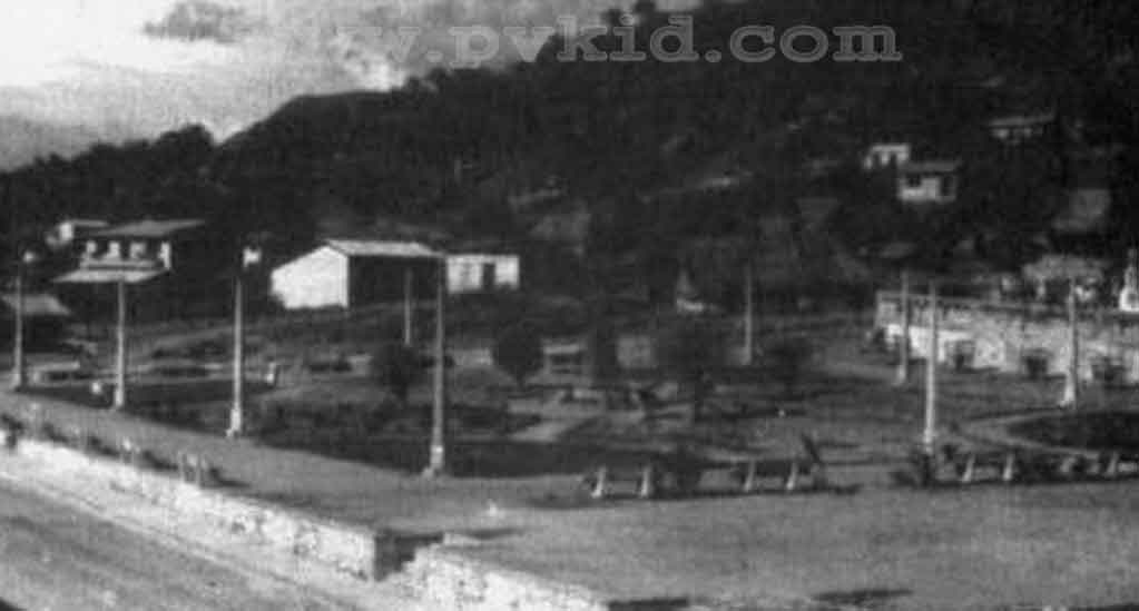 Old Photos of Puerto Vallarta Second Slider 24