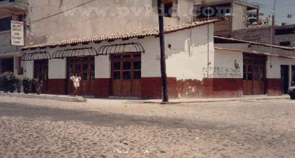 Old Photos of Puerto Vallarta Second Slider 32