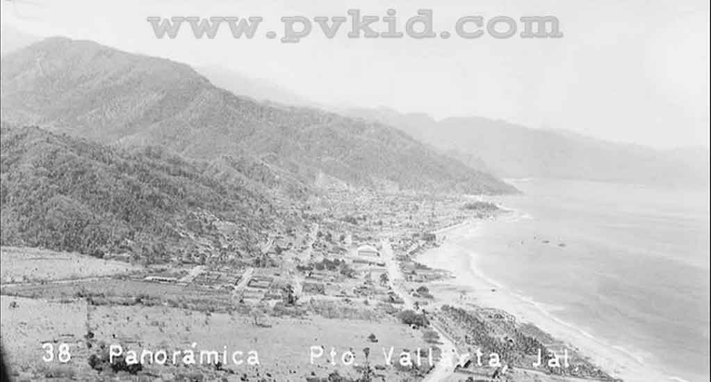 Old Photos of Puerto Vallarta Second Slider 49