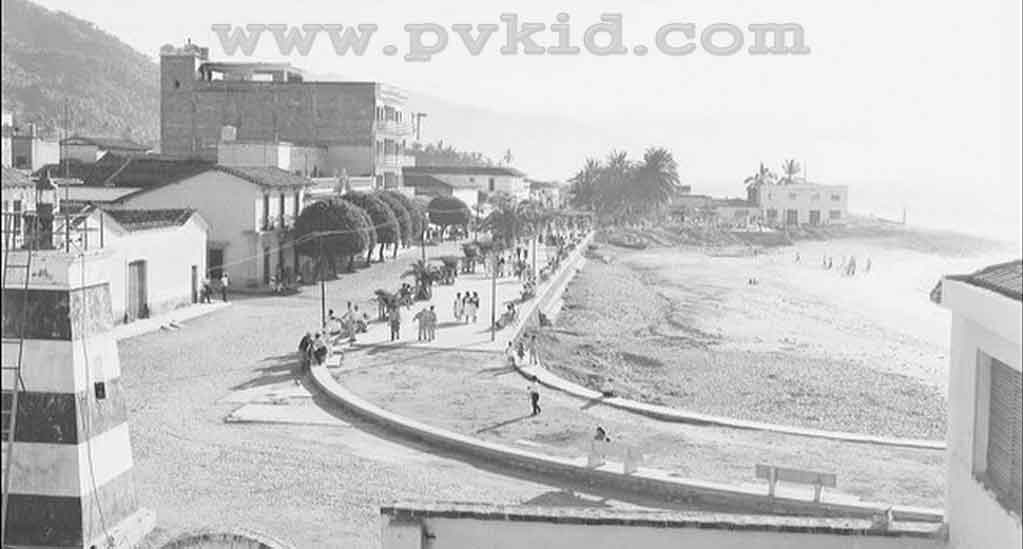 Old Photos of Puerto Vallarta Second Slider 53