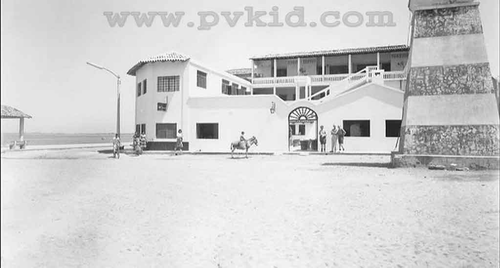 Old Photos of Puerto Vallarta Second Slider 54