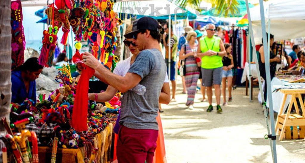 La Cruz de Huanacaxtle Market 1