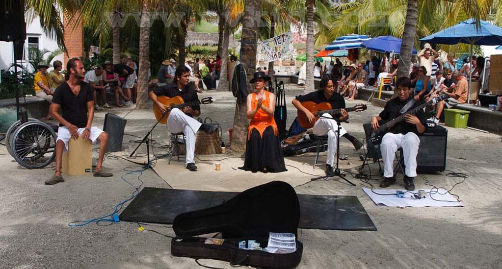 La Cruz de Huanacaxtle Market 3